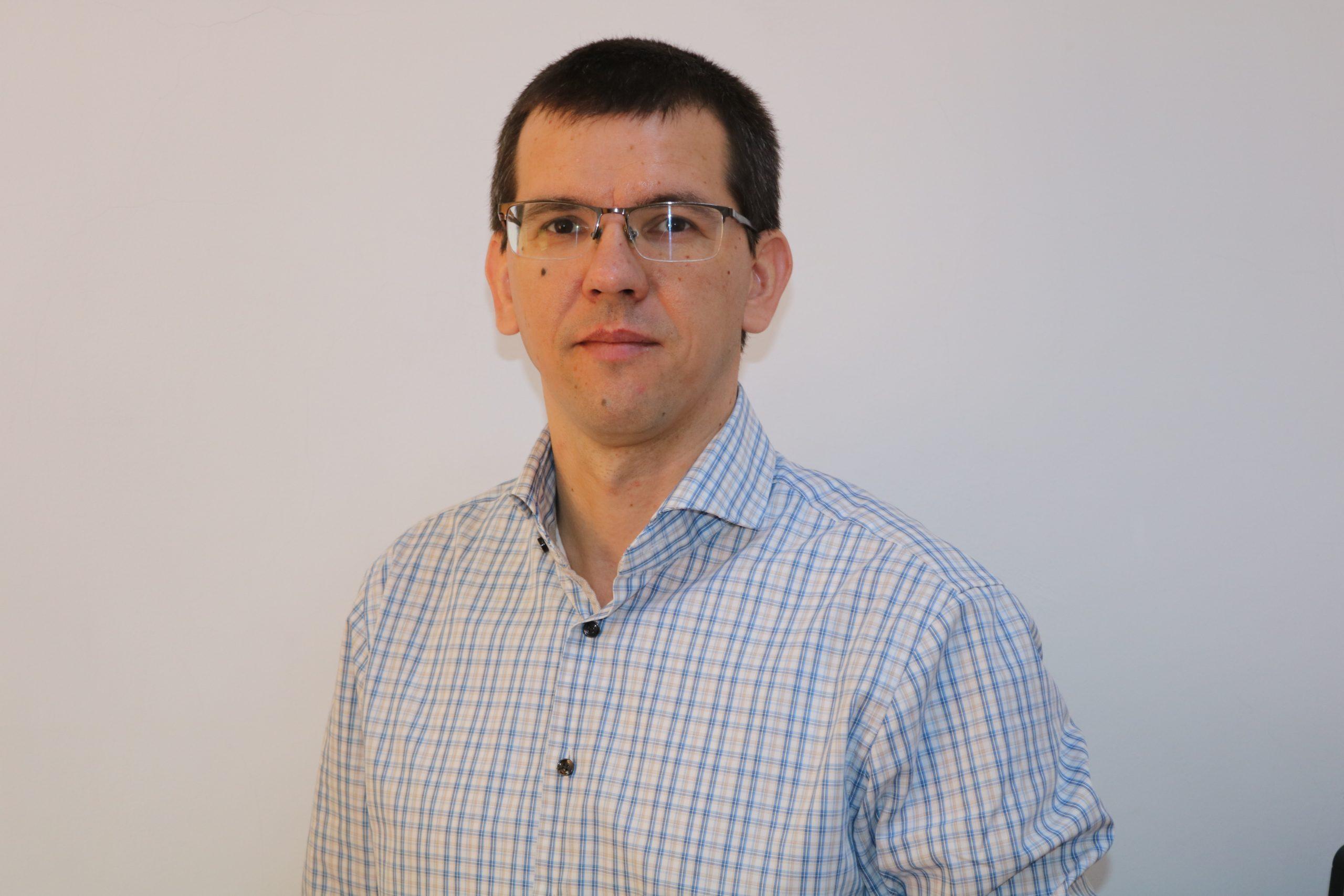 Daniel Andrei, ARH: Bolile rare reprezintă o problemă de sănătate publică şi e nevoie în permanenţă de cercetare, proiecte şi strategii pe termen lung
