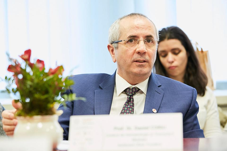 Prof. univ. dr. Daniel Coriu: Noile terapii au prelungit de la 3 la 7 ani mediana supraviețuirii pacienților cu mielom multiplu