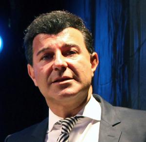 Prof. Dr. Bob Djavan, Președintele Asociației Europene de Urologie, va oferi consultații pacienților români