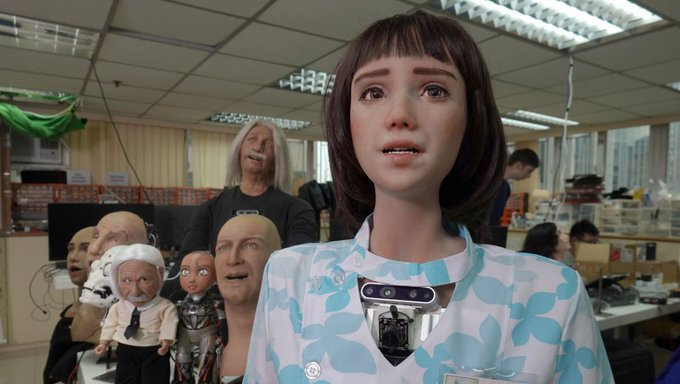 Grace, asistenta medicală robot, creată în contextul pandemiei de COVID-19