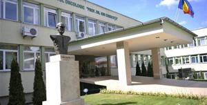 Sute de pacienţi cu afecţiuni oncologice aşteaptă la cozi mari să fie tratate la  IOCN