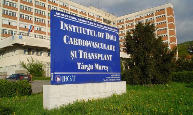 Clinica de Cardiologie a SCJU Târgu Mureș a reluat intervenţiile complexe de implantare percutană a valvelor aortice, oprite de pandemie