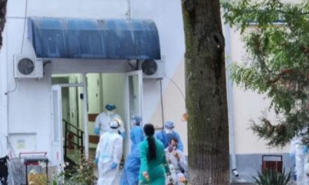 Staţie de oxigen defectă la Târgu Cărbuneşti (Gorj)/Pacienţi mutaţi în alte spitale; a fost activat planul roşu