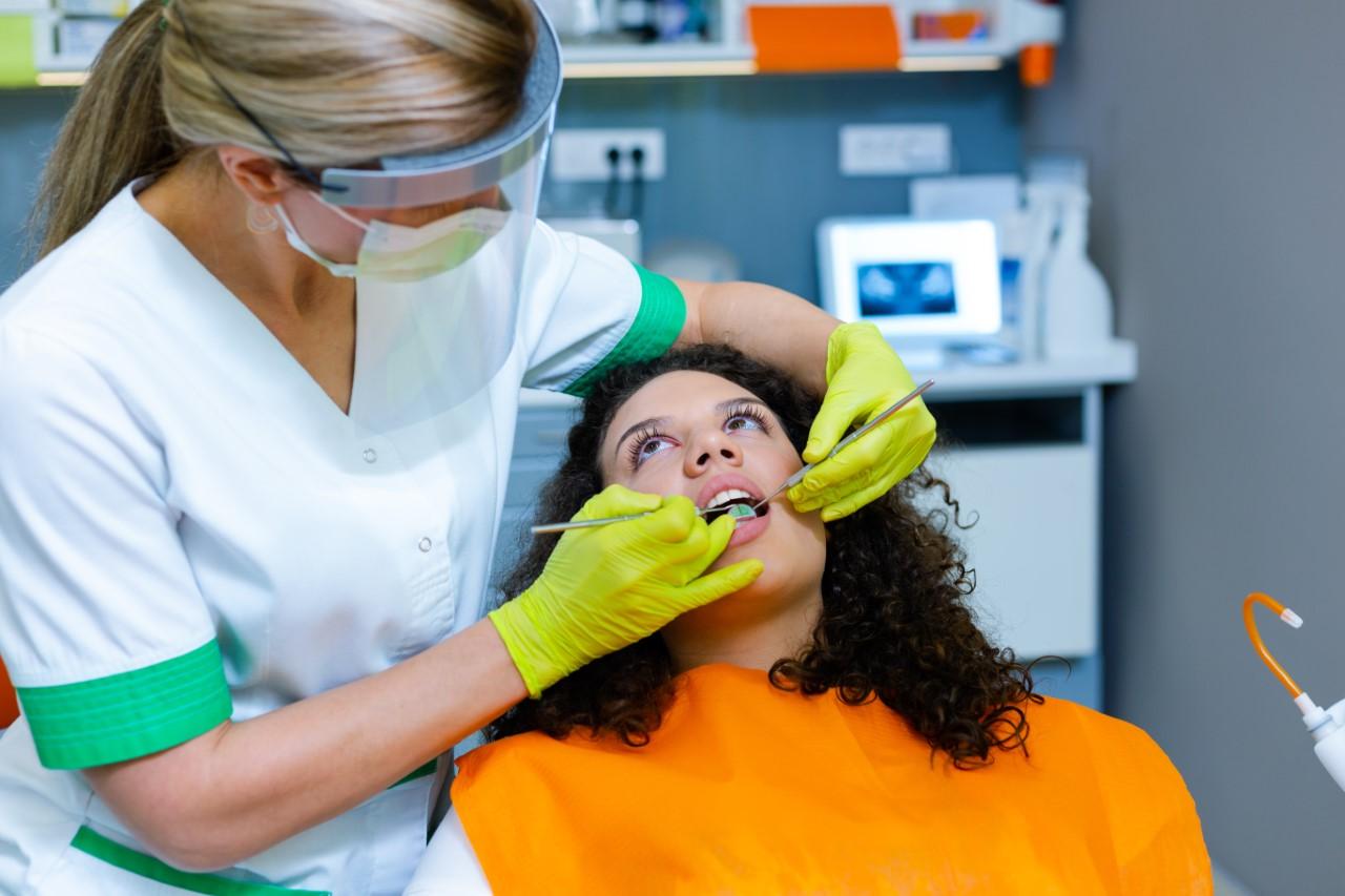 Medicii stomatologi au cea mai mica rata Covid 19