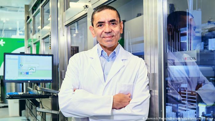 """BioNTech, capabil să furnizeze un nou vaccin """"în şase săptămâni"""" în cazul unei mutaţii a virusului (co-fondator)"""