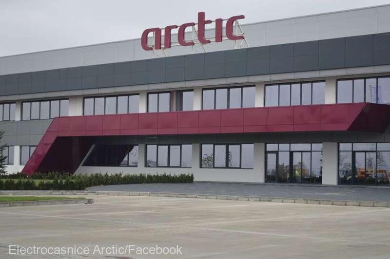 Alţi 31 de angajaţi Arctic Găeşti, depistaţi pozitiv cu noul coronavirus