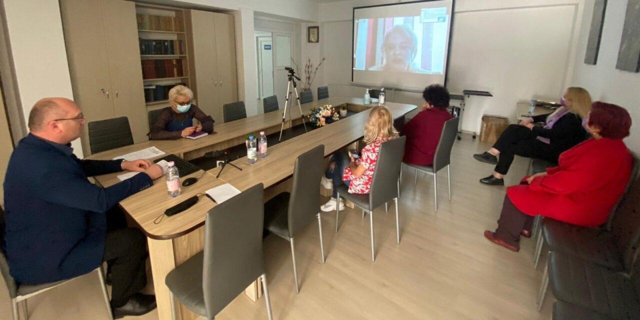 """Sesiune online cu tema """"Planul de ingrijiri al pacientului"""", la Spitalul din Buhusi"""