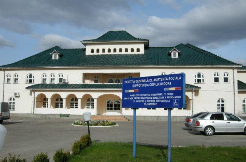 12 angajaţi şi 25 de beneficiari ai Centrului de Recuperare Târgu-Cărbuneşti, confirmaţi cu COVID-19