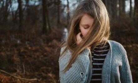 Studiu: Doze mici de gaz ilariant pot uşura simptomele de depresie severă