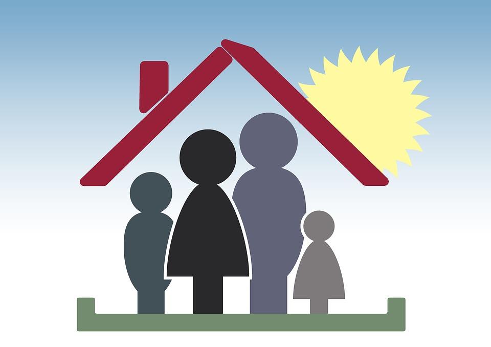 Oamenii riscă mai mult să se îmbolnăvească de COVID-19 acasă decât în afara locuinței, spune un nou studiu