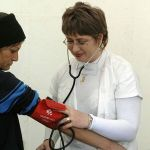 Ministerul Sănătăţii cere ca dreptul asiguraţilor la servicii medicale primare decontate să fie respectat