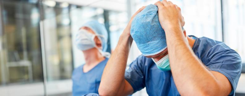 Reprezentanţii medicilor, nemulţumiţi de modificările preconizate la legea salarizării