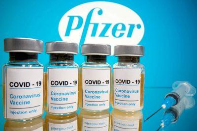 Coronavirus: O a treia doză de vaccin Pfizer are o eficienţă de 95,6% împotriva formelor simptomatice ale bolii