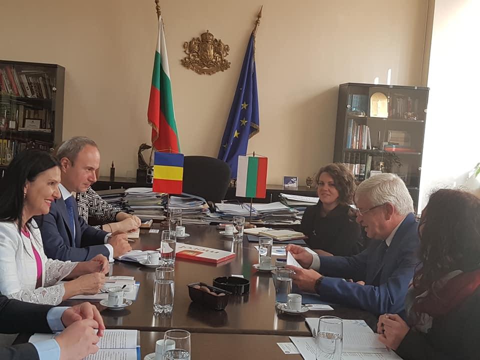 România şi Bulgaria vor relua colaborarea pentru asigurarea accesului la medicamente