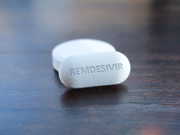 Autorităţile americane autorizează folosirea antiviralului remdesivir