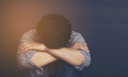 Studiu: Supraviețuitorii accidentelor vasculare cerebrale,  risc mai mare de sinucidere