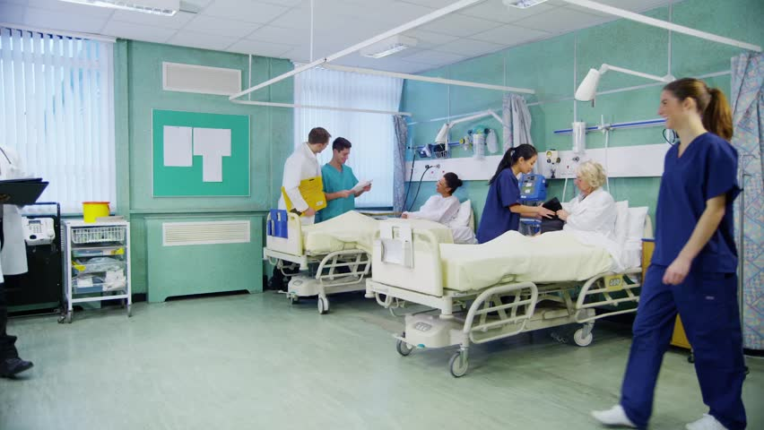 Personalul care îngrijeşte pacienţi cu COVID-19 ar putea fi angajat pe perioadă nedeterminată, după starea de urgenţă