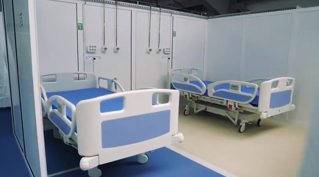 Mureş: Aparat mobil de ventilaţie pulmonară ATI pentru pacienţii de la Unitatea COVID-19, donat de Crucea Roşie