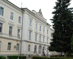 Un pavilion al Spitalului de Psihiatrie Sibiu intră în reabilitare; pacienţii cu COVID-19, mutaţi în containere