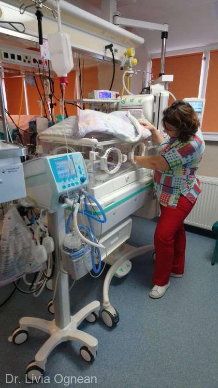 Aparate de 38.000 de dolari pentru nou-născuţii prematuri şi bolnavi internaţi în Spitalul Judeţean Sibiu