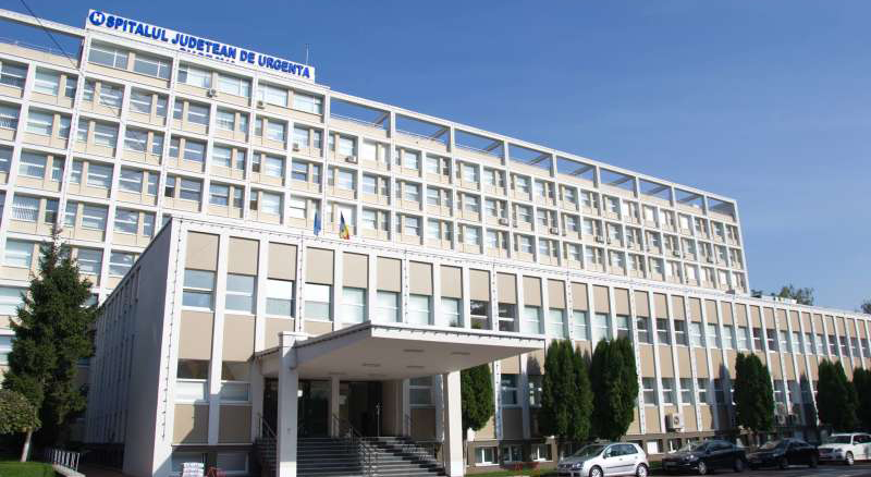 Anevrism cerebral rupt, cu hemoragie, tratat minim invaziv la SJU Suceava