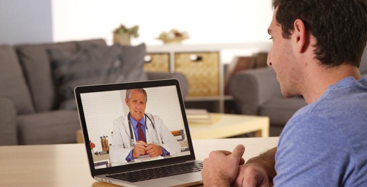 Consultații medicale online: Volumul pacienților a crescut de 175 de ori de la începutul pandemiei