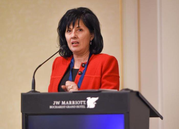 Prof. univ dr. Maria Nicoleta Turliuc: Un sfert dintre români sunt fumători!